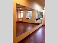 Зеркало из 2-х листов (5м х 1,6 м)